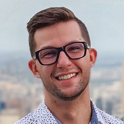 Dr. Alex Popko headshot